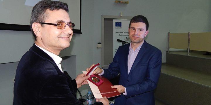 Лекарят на годината доцент Николай Янев изнесе лекция за докторанти, специализанти и млади учени по проекта за стимулиране на тяхното развитие